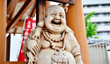 彌勒佛形象的布袋尊