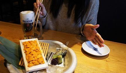 東京銀座和食居酒屋推薦銀政爐端燒的料理「箱海膽」