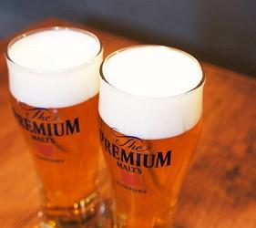 日本三得利SUNTORY生啤酒The Premium Malt's的泡沫超綿密