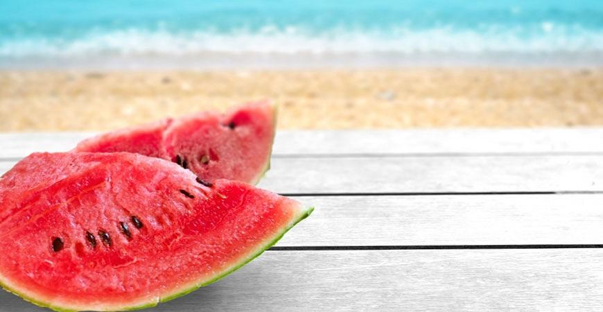 夏の風物詩日本夏天好熱吃西瓜