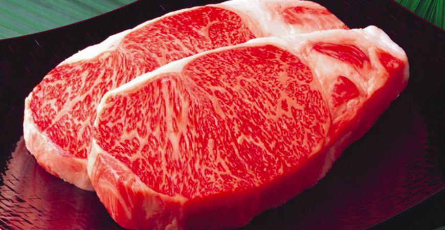 日本和牛国产牛A5A4黑毛和牛油花分布均匀