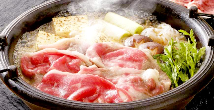 花也拿來煮火鍋?別再只知道涮涮鍋和壽喜燒!一起認識日本特色火鍋