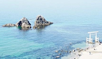 福冈纟岛二见浦的白色鸟居
