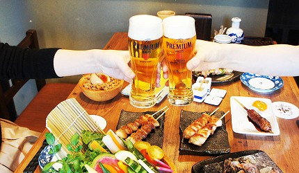 東京美食串燒居酒屋雞肉料理與生啤酒絕配