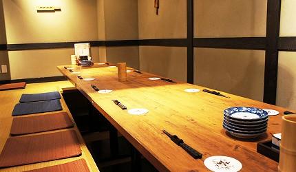 日本東京美食串燒居酒屋鶏鬨 勝どき店的榻榻米座位