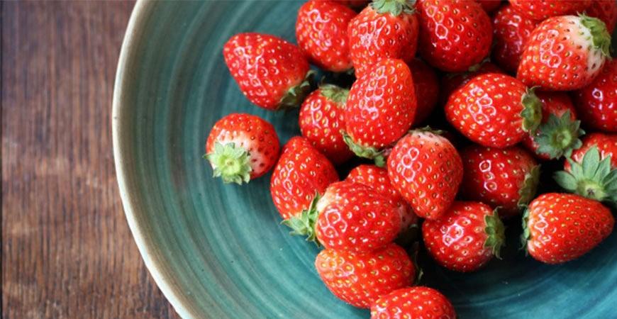 冬日草莓季开跑!一定要学起来的草莓甜点日文!