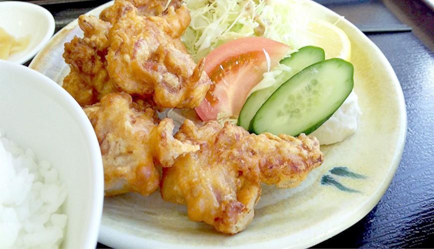 日本平價丼飯連鎖定食店日式炸雞唐揚雞