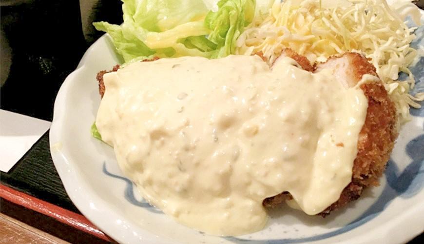 日本平價丼飯連鎖定食店日式南蠻雞塔塔醬