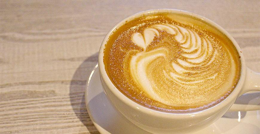 日本咖啡廳拿鐵示意圖