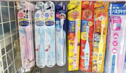 兒童專用牙刷有分年齡層