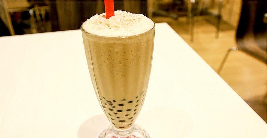 台灣美食飲料手搖杯珍珠奶茶示意圖