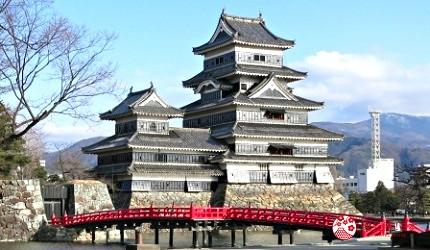 松本城的天守是非常稀有的「連立式天守」