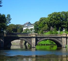 日本新天皇即位時「劍璽等繼承之儀」會使用的八尺瓊勾玉收藏在東京皇居