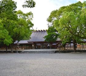 日本新天皇即位時「劍璽等繼承之儀」會使用的草薙劍的熱田神宮