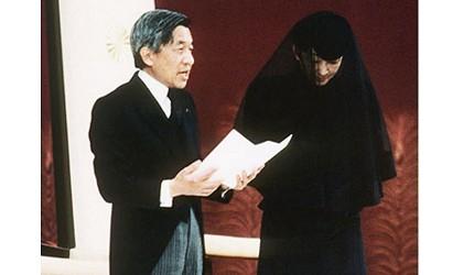 日本明仁天皇即位後的「即位後朝見之儀」