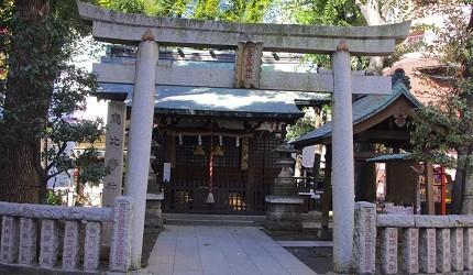 「平成日劇」收視率前10名「一個屋簷下」小雪跟達也告白的神社