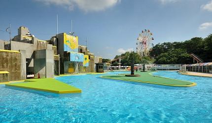 夏天去日本玩水消暑、暑假帶細路旅行放電最好玩的水上樂園精選推介,提供人造浪池、漂流河、巨型滑梯、水上滾筒、水上運動競技設施、兒童嬉水池等水上遊戲設備的水上樂園7選中的姬路市民泳池(姫路市民プール)