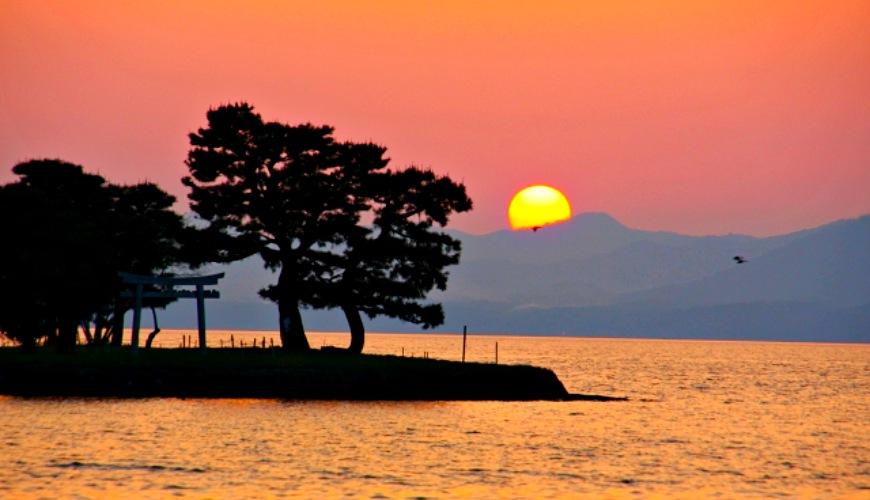 岛根自由行必去的松江「宍道湖」