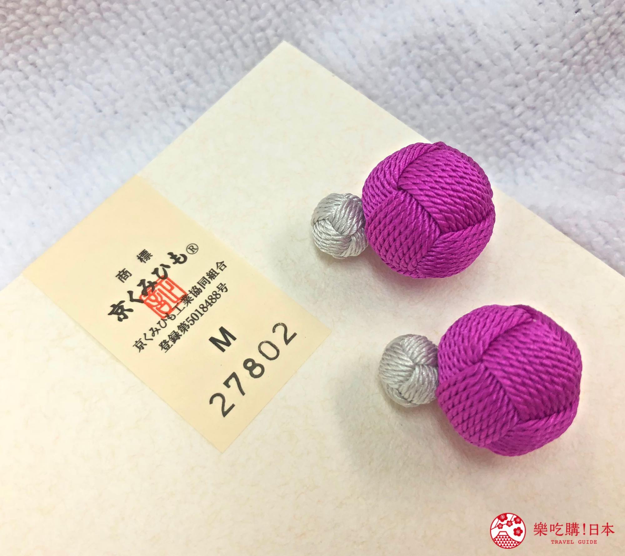 日本樂桃人氣原創設計商品的組紐編繩夾式耳環與京組紐認證卡片近照