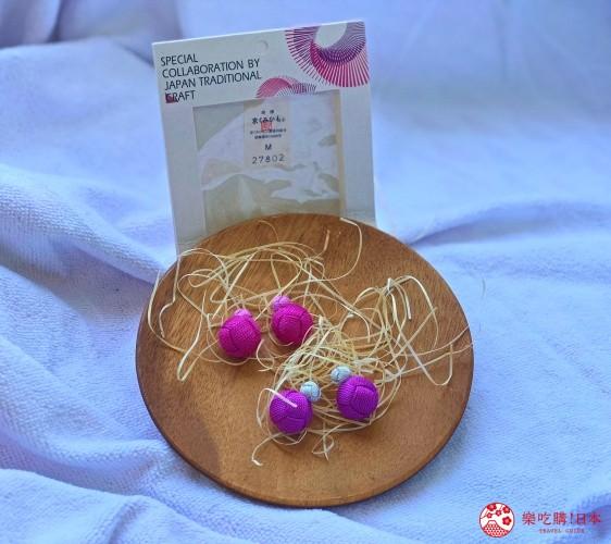 日本樂桃人氣原創設計商品的組紐編繩耳環「Peach」(粉紅/紫)遠照