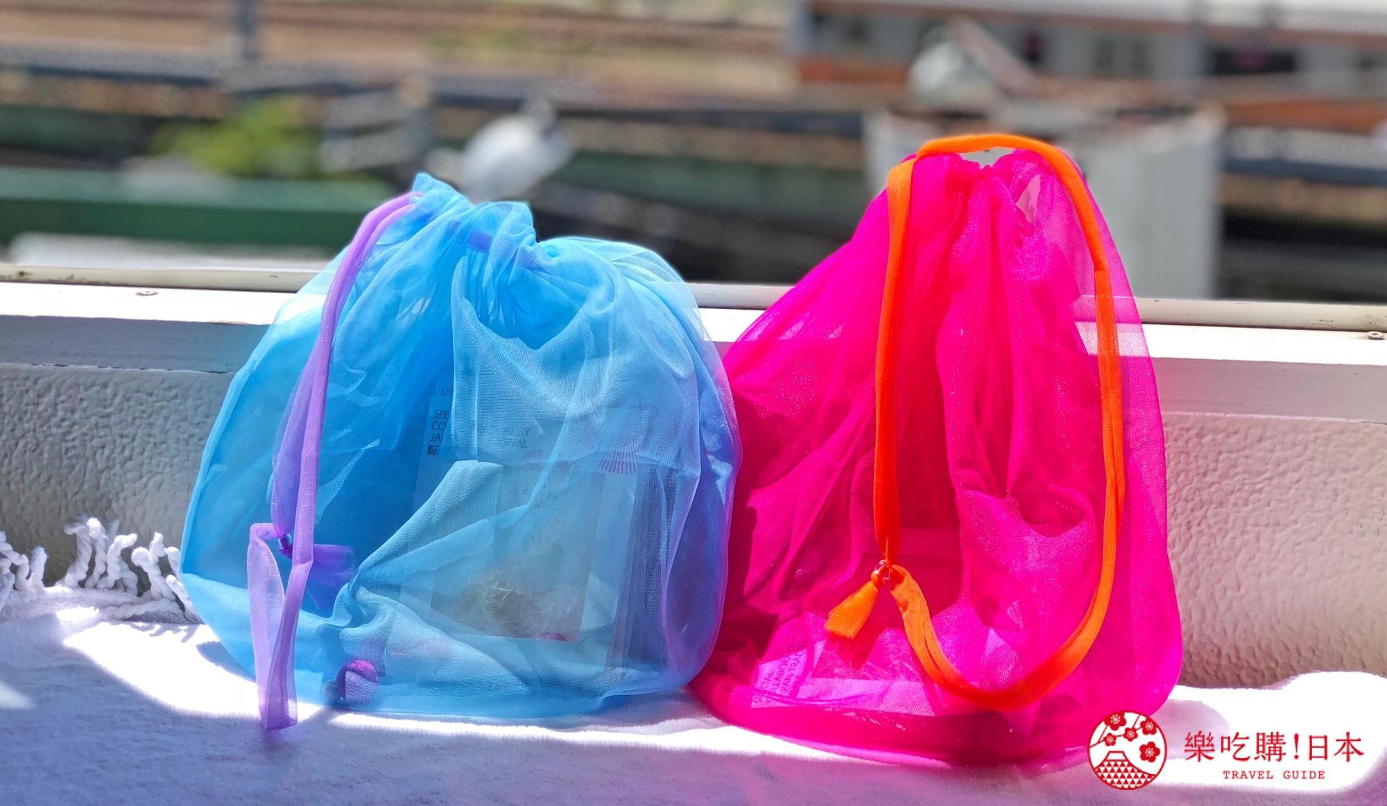 日本樂桃人氣原創設計商品的Peach X Lagimusim 限定色 巾着(大,桃紅/天藍)遠照