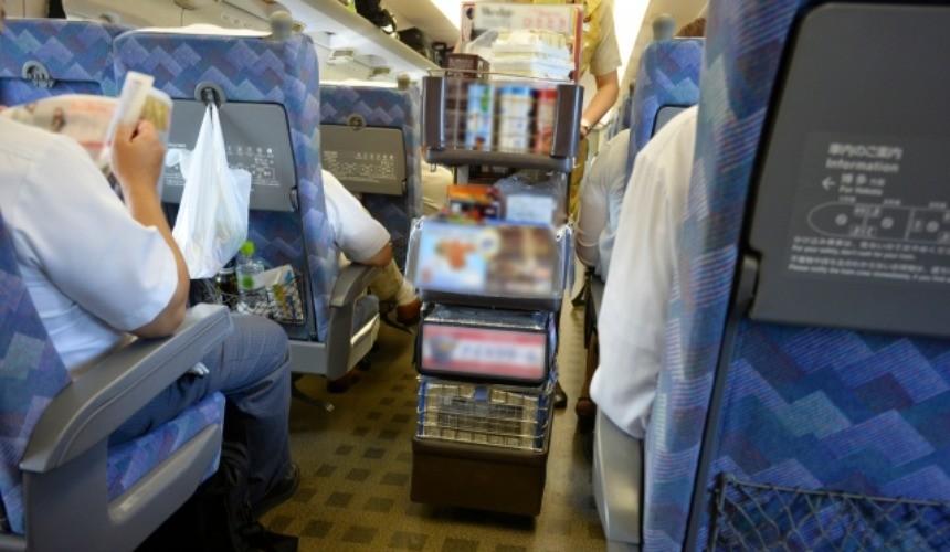 日本消費稅文章解釋新幹線車廂內示意圖