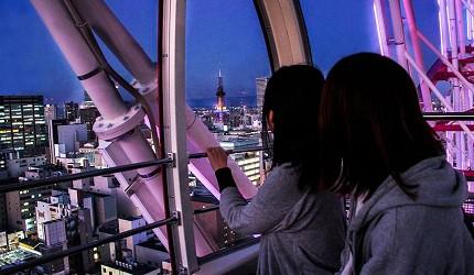在摩天輪上看到的北海道夜景隨高低而變化