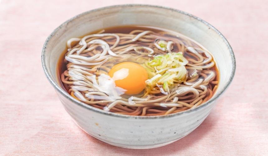 日本拉面店菜单「月见」形象图