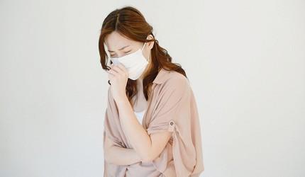 武漢肺炎日本機場緊急狀況資訊咳嗽示意圖