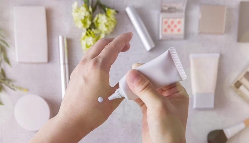 2021十大護手霜潤手霜乳液推薦推介資生堂L'OCCITANE馬油萬用保濕歐舒丹神效修護不黏膩塗在手上2021