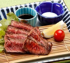 香川必吃美食橄欖牛生牛排