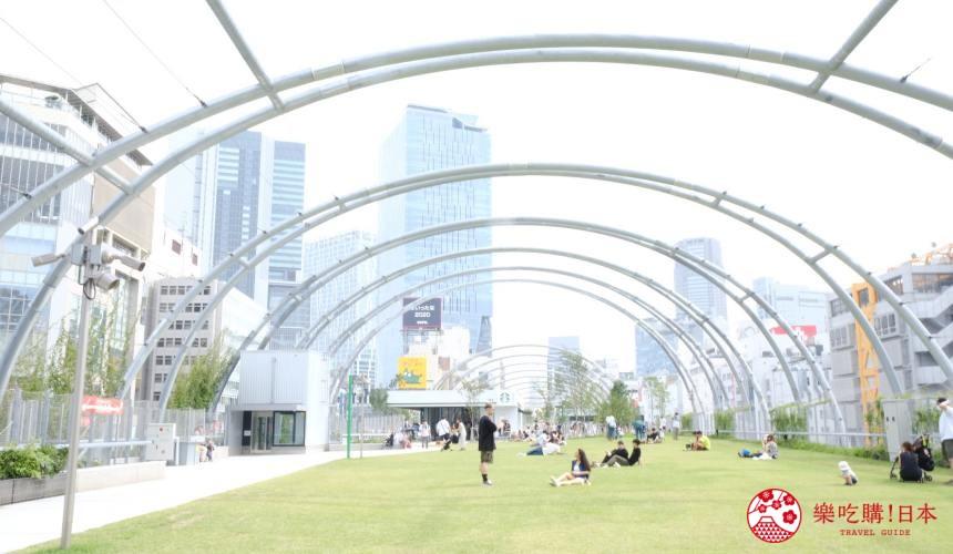 涩谷原宿地标「宫下公园」的顶楼公园