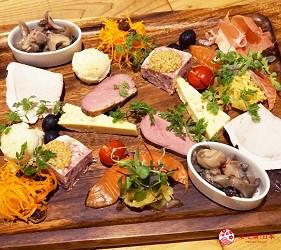 大阪自由行近郊一日遊行程推薦推介天王寺10分鐘直達松原市品嚐內鴨料理創意法式餐廳Bochi Bochi河內鴨的前菜組合