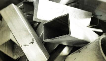 日本萬用菜刀推薦推介劍謙心手工三德黑刃刀超鋒利切肉切菜好用的原料鋼材