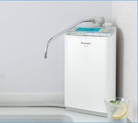 7大日本淨水器濾水器淨水器品牌推薦推介Panasonic飛利浦TORAY水質功能種類評比桌上型產品