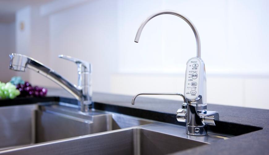 7大日本淨水器濾水器淨水器品牌推薦推介Panasonic飛利浦TORAY水質功能種類評比三菱Cleansui