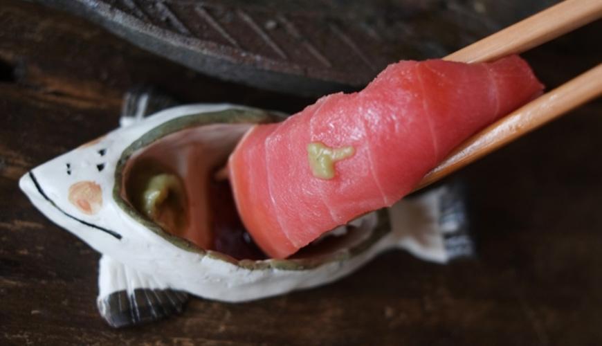 生魚片吃法示意圖