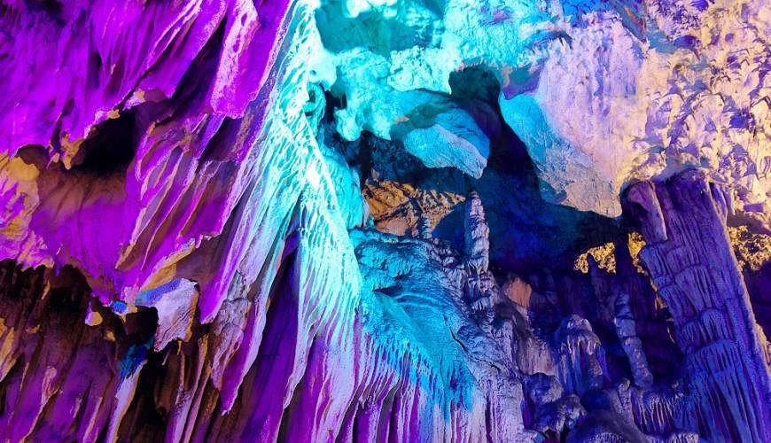 日本岡山鐘乳石洞秘境去「新見」!鐘乳石洞「滿奇洞」內照片