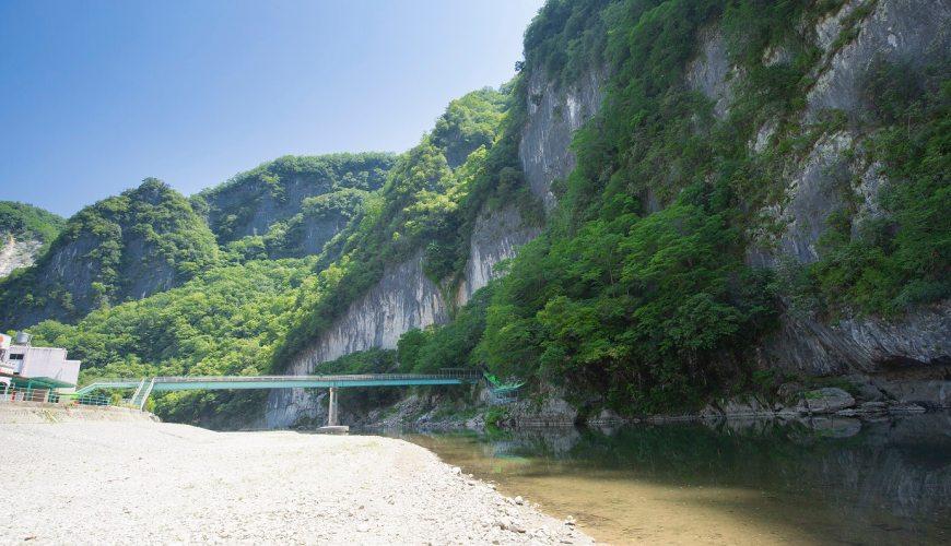 日本岡山鐘乳石洞秘境去「新見」!鐘乳石洞「井倉洞」外觀
