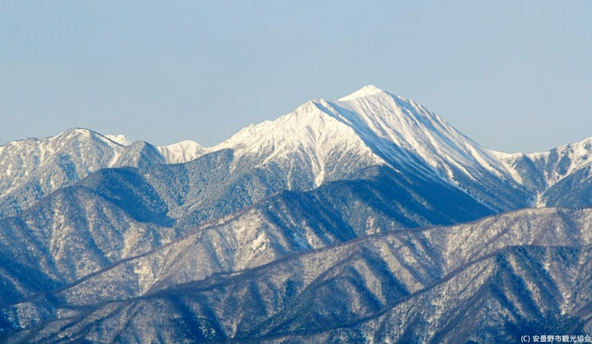 長野自由行松本安曇野景點從長峰山上看到的北阿爾卑斯山景