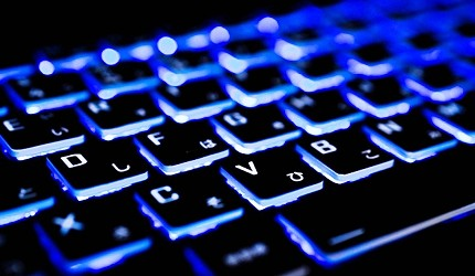 電腦鍵盤推薦ipad鍵盤推介羅技無線藍芽靜音打字電競機械式鍵盤清潔建議背光功能說明