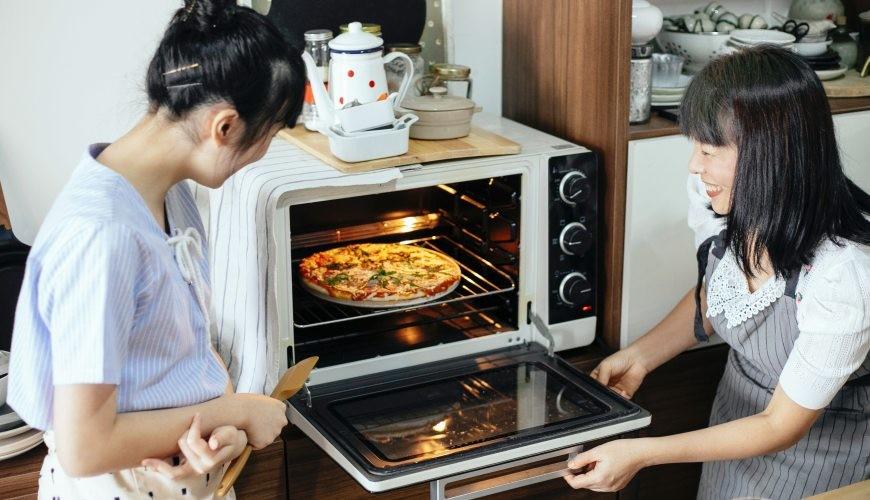 烤箱推薦焗爐推介氣炸烤箱旋風烤箱烤雞腿地瓜薯條烘烤微波爐蒸氣烤箱差異分別比較家用廚具被兩名專業主婦用來烘焙
